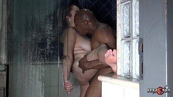 Atores porno brasil negro pauzudo arrombando casada no banheiro